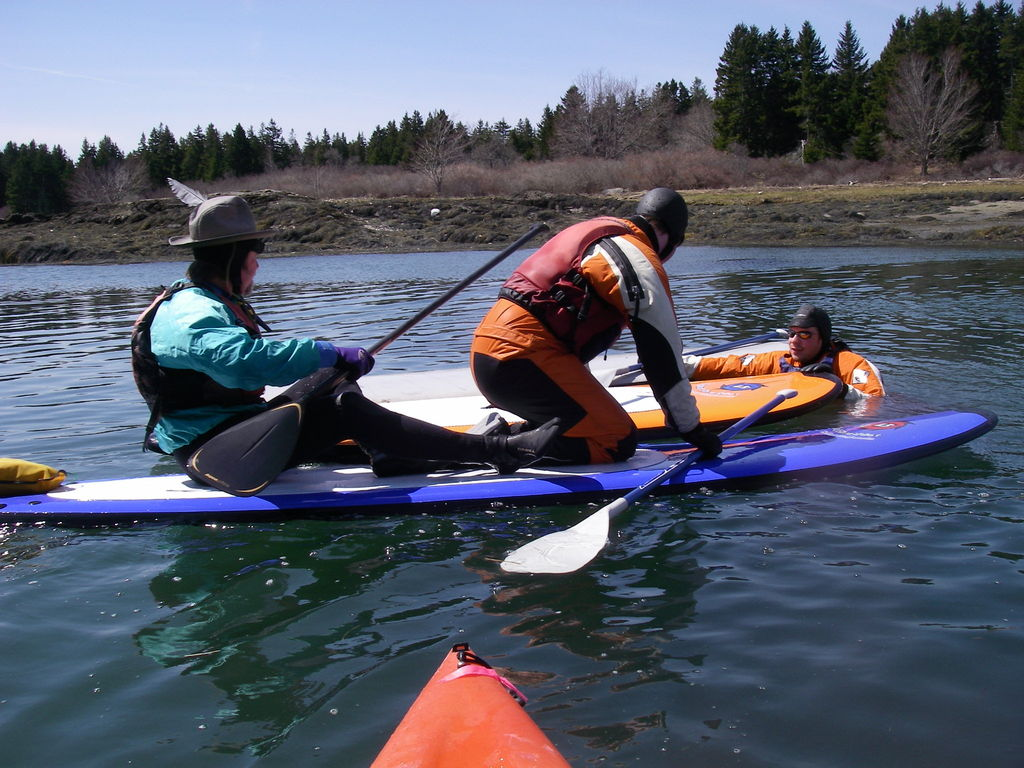 changing paddleboards