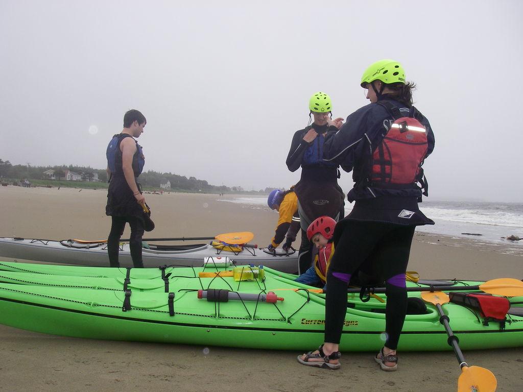 Sea_kayaking_6-09_003